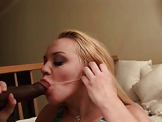 يمارس الجنس مع أنيت الديك الأسود