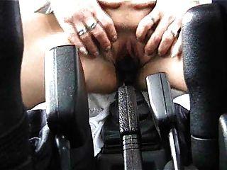 المرأة الألمانية المتطرفة الملاعين لها عصا والعتاد (ctrent): 2