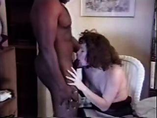 زوجة بيضاء الملاعين الثور الأسود في المنزل