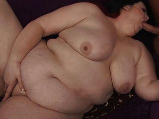 امرأة سمراء BBW الجبهة مارس الجنس من الصعب