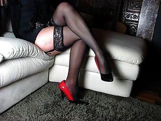 الساقين الكمال، والكعب العالي والأحذية وامرأة الجسم
