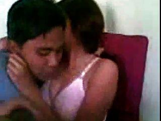 فتاة ممارسة الجنس مع صبي 1