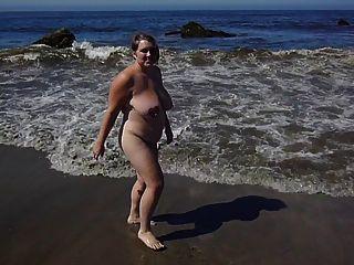 BBW على الشاطئ