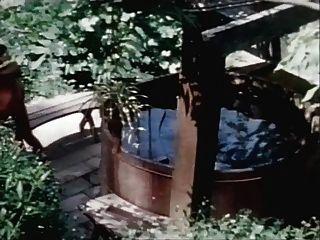 buttersidedown حوض استحمام بالماء الساخن الشفاه الساخنة swedisherotica