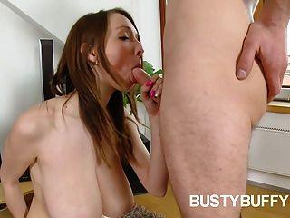 بافي ارتكب حماقة في سن المراهقة كبير الملاعين لنائب الرئيس على البطيخ لها ضخمة