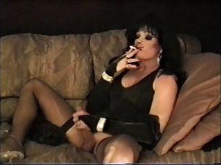دوبري ليزا التدخين والتمسيد الثاني