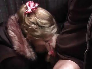 فتاة الساخنة قرنية يأخذ CREAMPIE.استمتع