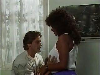 الهة الحب 1986