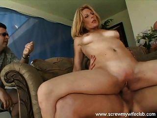 أحب زوجة يراقب حصلت على الاصبع مارس الجنس