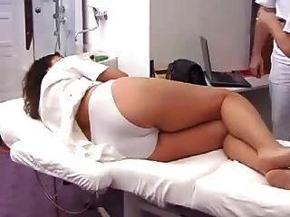 امتحان gyno الكامل للمرأة الحامل