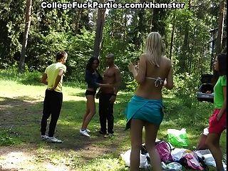 ثلاث فتيات طالب مثير اللعنة الرجل الأسود