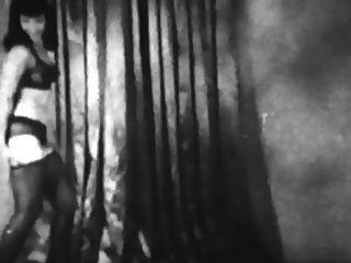 خمر: صفحة بيتي ولوسي kraven تظاهر والمصارعة