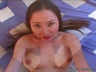 مفلس الآسيوية هواة فاتنة مارس الجنس وfacialized من في بوف