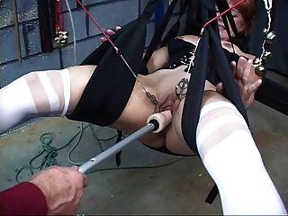 لطيف، أحمر الشعر ناضجة يحصل بوسها غازل مع في أرجوحة الجنس