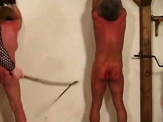 جلد وتعذيب