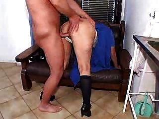 الجدة من الصعب مارس الجنس