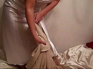 جديد الحرير السائل فستان ليلة طويلة