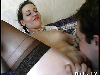هواة زوجين الفرنسية ممارسة الجنس على السرير