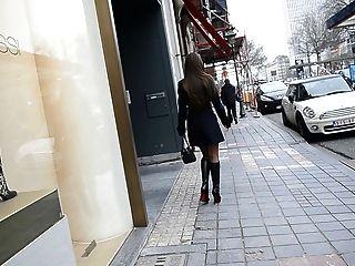 افتضاحي عارية تحت خندق في أحذية لوبوتان + سكرتيرات