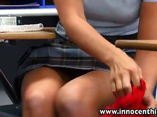 innocenthigh صدم تلميذة مثير راي rilynn الفصول الدراسية