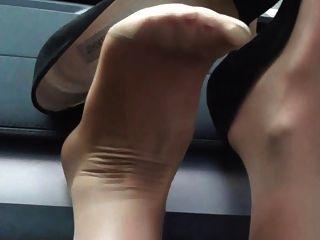 بلدي جيمي تشو الكعب العالي والنايلون يغطي رجليه: سكرتيرات