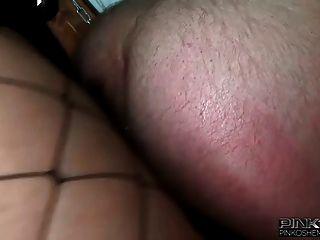 تحصل مارس الجنس pinkoshemales ضابط شرطة خنثى حتى الحمار