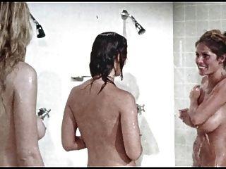 الاستحمام مشهد من.الفتيات السجن، خمر