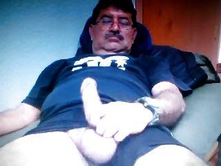 بابا المكسيكي تظهر نظيره الاميركي ديك كبيرة على كام