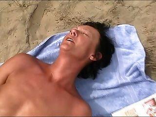 lutje على الشاطئ 2