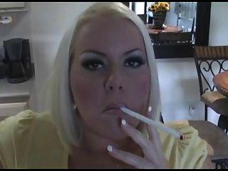 الساخن مفلس شقراء جبهة مورو منفردا التدخين