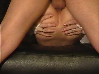 زوجة الهواة يحب الحمار مارس الجنس من الصعب والعميق