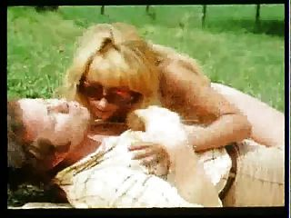 GEH zieh الدين فستان درندل أسترالي (1973) PT2