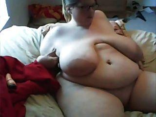 ssbbw مع الثدي ضخمة مقطعة