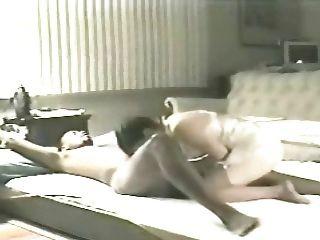 زوجة إيلين على أرضية غرفة المعيشة 4 (الديوث)
