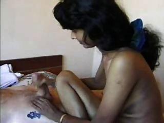 HANDJOB الهندي