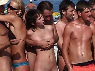 معسكر العراة الروسية
