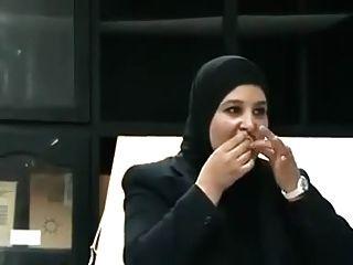 الزوجة العربية تعلم الجنس لول