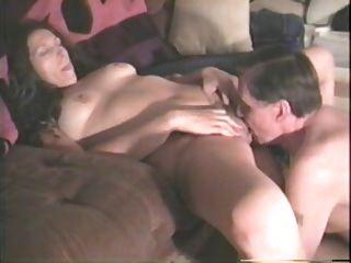 السابق كارلا الحصول مارس الجنس على محمل الجد من قبل رجل كبير السن