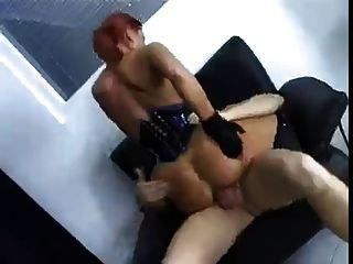فتاة ألمانية مارس الجنس في الحمار