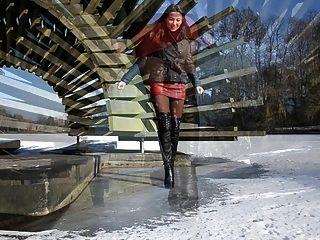 جلد تماما: المشي على الجليد في أحذية عالية الكعب