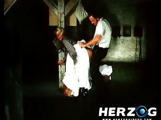 herzogvideos josefine mutzenbacher الإباحية الكلاسيكية