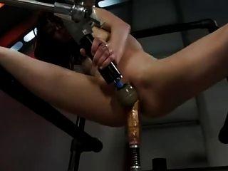 مارس الجنس ايدن آلة اشلي 1 من 3