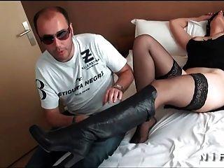 زوجة فرنسية مع الثدي لطيفة المقدمة واستغل من قبل وزارة الطاقة جون