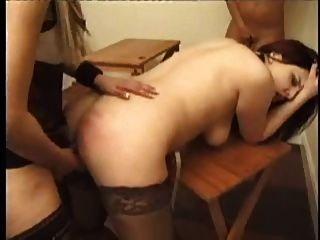 الفتيات الساخنة مارس الجنس من قبل عشيقة