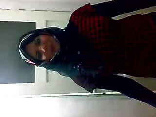 حجابية موقع عاهرة الرقص 3