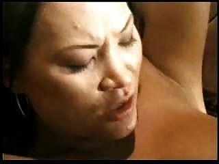 الآسيوية فتاة يحصل قصفت!dm720