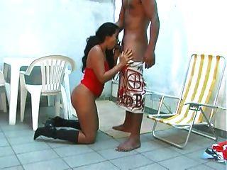 أبناء عمومة البرازيلي ممارسة الجنس
