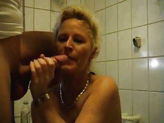 زوجة يلعب معها ضيق الحمار