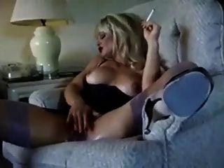 حار التدخين كوغار شقراء وdiddling