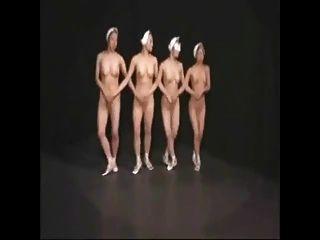 راقصات الباليه عارية 1